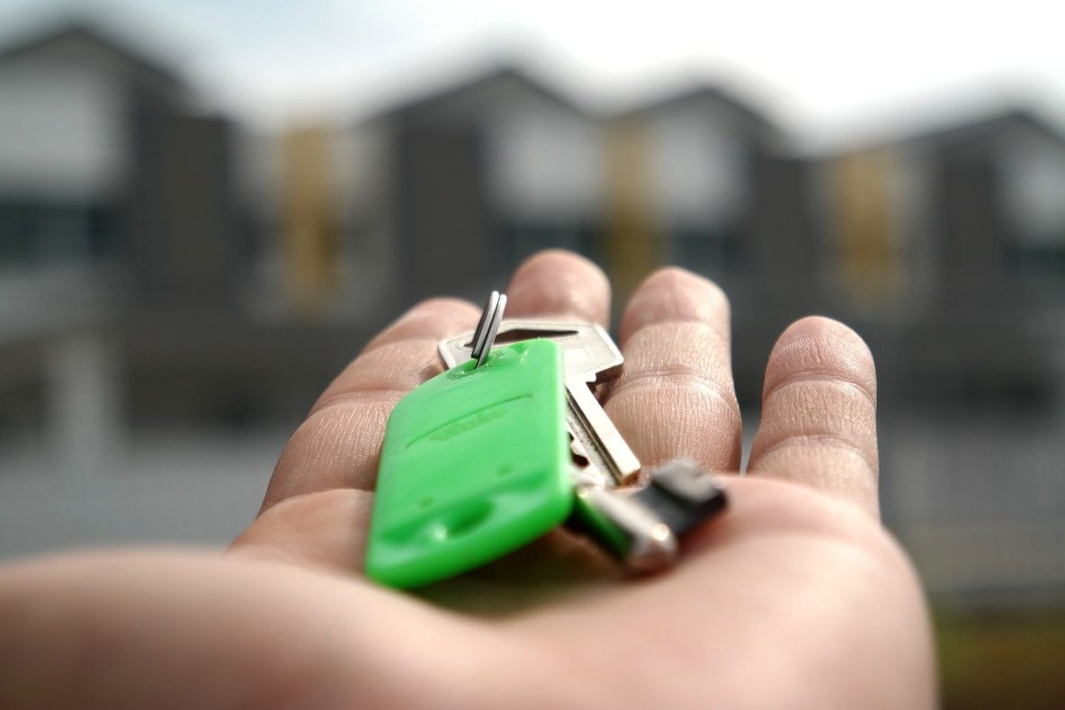 buying a home keys in hands